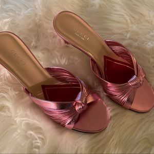 *BRAND NEW Gucci* pink metallic kitten heels